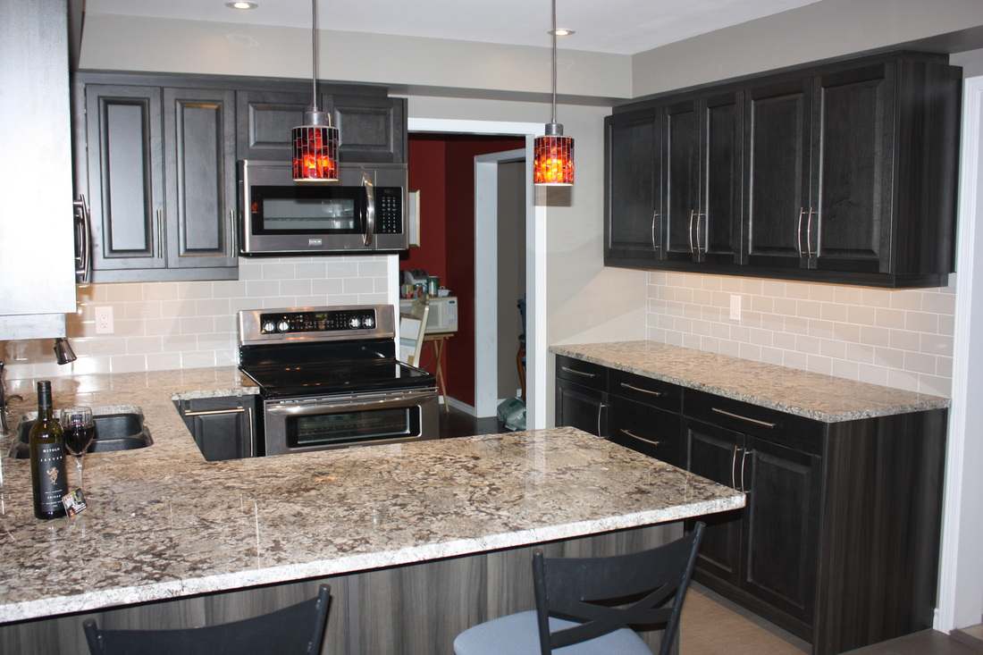 Kitchen renovation makeover in orillia ontario kitchen for Kitchen cabinets barrie