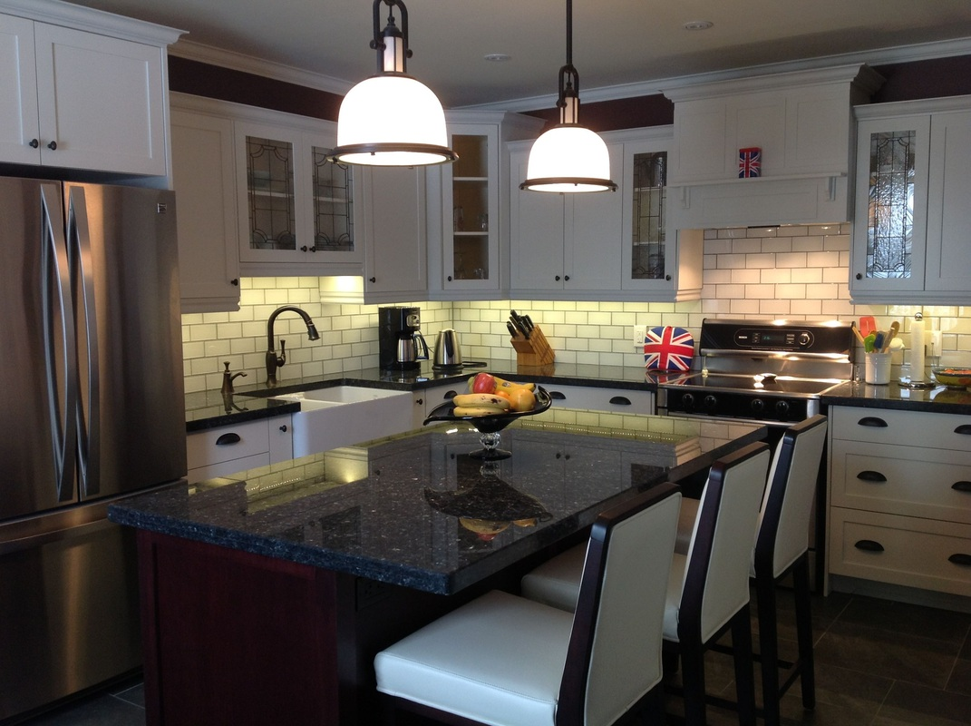 Kitchens cabinets and custom kitchen renovations by for Kitchen cabinets barrie